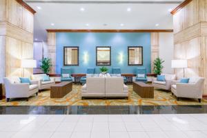Doubletree Phila Airport-Lobby